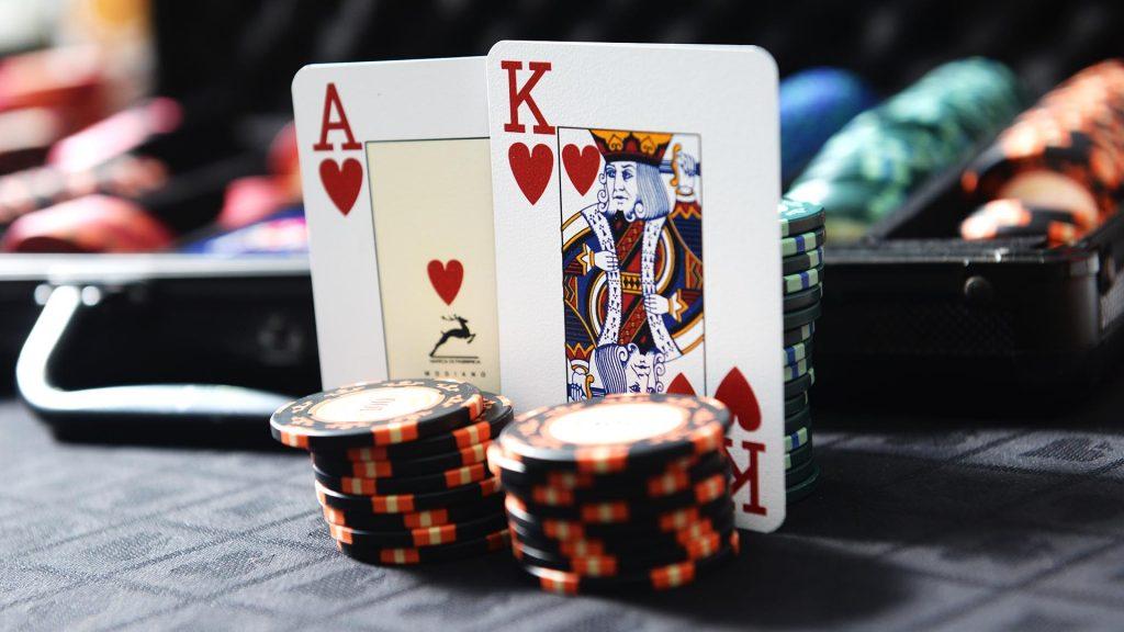 Online Poker QQ